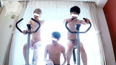 Men's Rush.TV – CAPY-469 – ディルド付きフィットネスバイクでアナル快感!!エクササイズ3PSEX!!!
