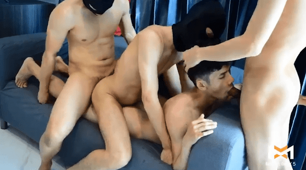 Horny Bunny Part 3 [GAY SEX]