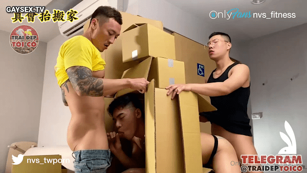 Hot gay Chinese threesome